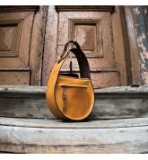 Skórzana torba torebka w kolorze Camelowym z dodatkowym paskiem na ramię, stylowa torebka od polskich projektantów