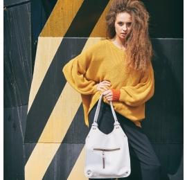 Skórzana torba Mała Ladybuq od polskich projektantów w stylowym Białym kolorze od Ladybuq Art Studio