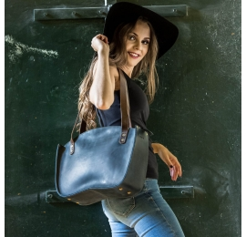 Navy Blue Kuferek bag made by hand made by Ladybuq Art out of highest quality natural leather