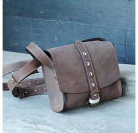 Crossbody bag in light brown colour made by Ladybuq Art out of polish high quality leather
