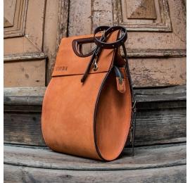 stylowa torba w kolorze pomarańczowym z długim regulowanym paskiem na ramię w kolorze brązowym