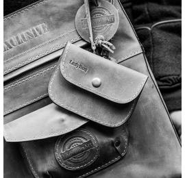 Personalization - additional wristlet cards holder