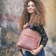 Sac élégant en cuir de couleur brique fait par Ladybuq Art