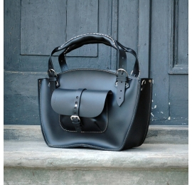 Tote bag with a pocket, a strap and a clutch black