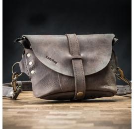 Skórzana torebka na ukos/nerka ręcznie wykonana w kolorze Montana Brąz