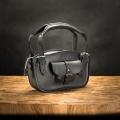 Damska torebka skórzana Kuferek w kolorze Czarnym z odpinaną podszewką od Ladybuq