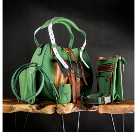 Leather set in Green color, Basia purse, organizer, clutch made by Ladybuq Art