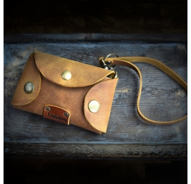 Handmade, leather key case in Whiskey color, original bag addition