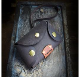 Mała kluczówka, pokrowiec na klucze w kolorze Czekoladowy Brąz od Ladybuq Art