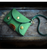 leather key case in green color, handcrafted key cover made by Ladybuq