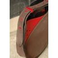 Lusi z jednym paskiem w brązowym kolorze z malinowymi akcentami oryginalna skórzana torebka od Ladybuq Art