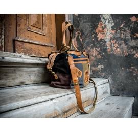 welurowa torebka wykonana ręcznie przez ladybuq, idealna torebka na lato