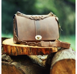 Elegant bag Ella made out of finest natural leather handmade by Ladybuq Art