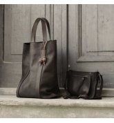 Natural leather Kamila oversize style bag with small purse with a strap inside leather set