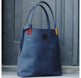 Zuza w kolorze Granatowym z pięknymi kolorowymi akcentami, pojemna torba na każdą okazję