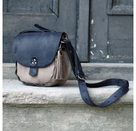 Mała torebka na lato Mariola w dwóch szykownych kolorach, torebka która idealna posłuży w trakcie zakupów lub na wycieczce
