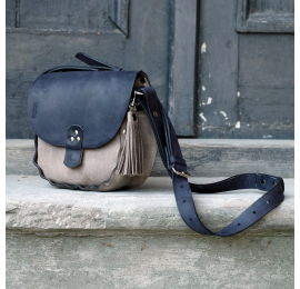 Small summer bag Mariola in two chic colours, perfect bag doing shopping or on a trip