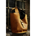 Leather bag with clutch in Whiskey color