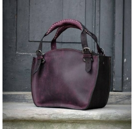 Tote bag with a clutch black and plum
