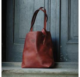 Zuza torba z regulowanymi paskami w kolorze Ciemny Rudy torebka wykonana ręcznie z pięknej naturalnej skóry