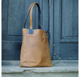 Zuza unique bag for every occasion in vintage style, bag in whiskey colour with navy blue accents, unique roomy tote bag