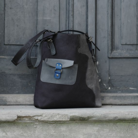 Handmade natural leather Lena bag in black and grey colours made by Ladybuq Art Studio