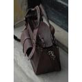Kuferek z kieszonka  paskiem i kopertówką czekoladowy brąz
