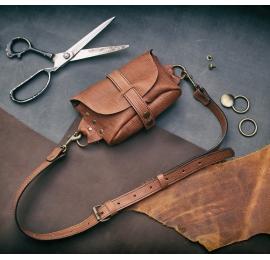 Fanny Pack / small shoulder bag / Brown 2