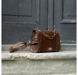 Elegancka torebka Ella unikalna mała torebka na każdą okazję od Ladybuq Art Studio