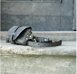 Fanny pack / cross body leather bag Gray Size M