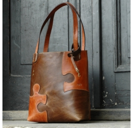 Summer bag made by polish desiner Zuza Puzzle in Brown and Ginger coloured leather documents and laptop bag