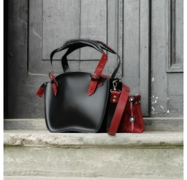 Original leather bag Kuferek with a strap and a clutch, black and raspberry made by Ladybuq