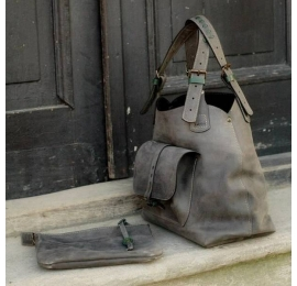 Leather bag Alicja with envelope clutch color grey.