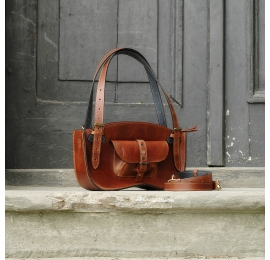 Leather bag Ultimate Edition Kuferek bag MINI size / coniaque brown made by Ladybuq