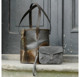 Schöne Original Tasche in Grau und Khaki Farbe von Hand gefertigt in drei Größen erhältlich