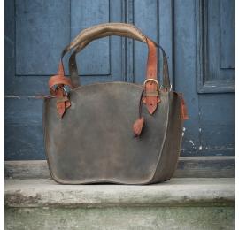 Kuferek ręcznie wykonany z naturalnej skóry z kopertówką w kolorach khaki i pomarańczowym
