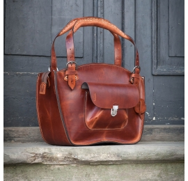 Natural leather tote bag with a pocket, a strap and  clutch cognac