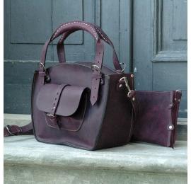 Kuferek ręcznie robiona torba wersja Ultimate Edition z kieszonka  paskiem i kopertówką śliwkowy