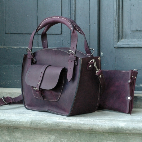 Kuferek bag with a strap and big exterior pocket in beautiful plum coloured leather