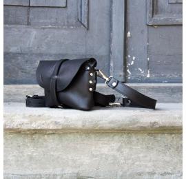 Nerka / torebka na ramię rozmiar L kolor czarny