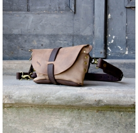 Fanny pack / cross body leather bag brown and beige  Size M