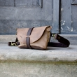 Fanny pack / cross body leather bag couleur beige  Size M
