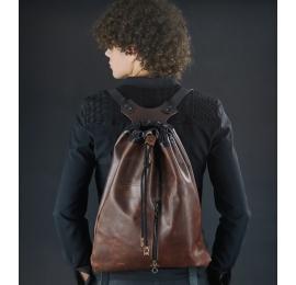 Plecak worek skórzany z naturalnej skóry od Ladybuq ręcznie wykonany brązowy