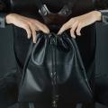 Sac à dos en cuir naturel Ladybuq en cuir naturel noir