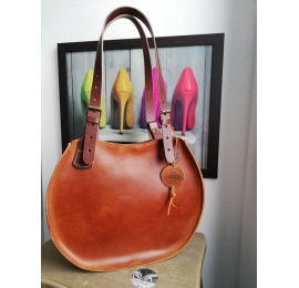 "Handmade leather bag ""Basia"" Camel color SIZE M"