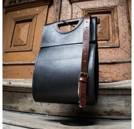 Skórzana torebka z nowej kolekcji w kolorze czarnym od ladybuq art