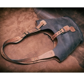 Ladybuq with long straps and zipper, bigger version, Brown and Ginger color