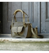 Tote bag with a pocket, a strap and a clutch