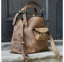 Leather bag with long detachable strap
