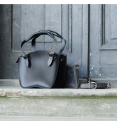 Leather Bag Kuferek SMALLER SIZE with a strap and a clutch, black and raspberry